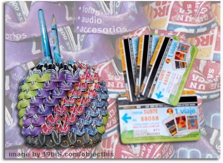 Reciclar y reutilizar tickets de metro para elaborar objetos ...