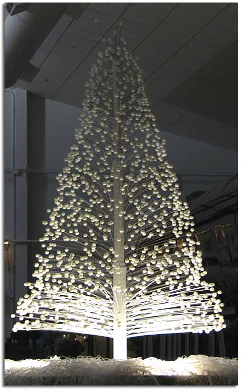 Quimeras urbanas siete rboles de navidad - Arbol de navidad artesanal ...