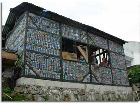 Mira lo que se puede hacer con botellas usadas