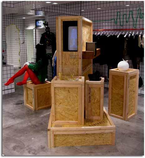 Decorar tiendas con objetos reciclados palets y cajas de for Reciclado de muebles y objetos