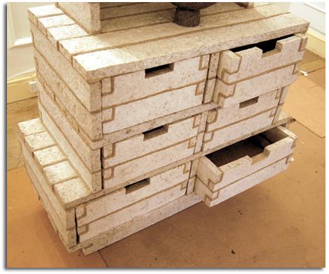 C mo hacer muebles con pasta de papel reciclado debbie for Como reciclar muebles de madera