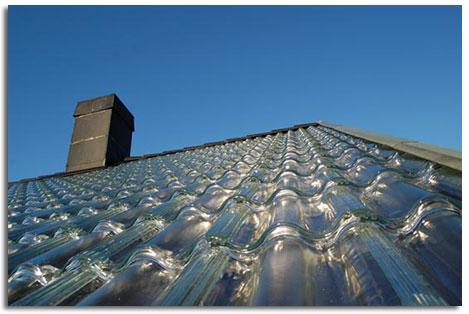 Tejas de vidrio para calentar el hogar calefacci n y agua - Tejados de cristal ...