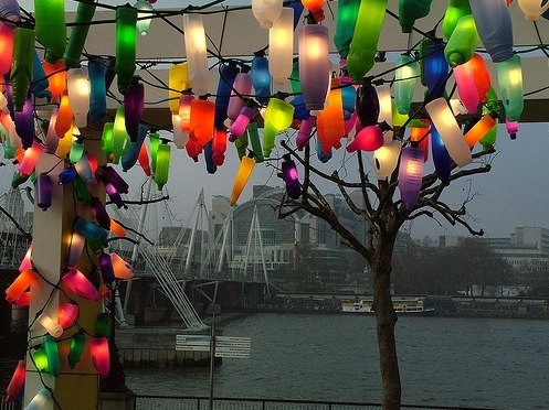 Luces de colores de botellas de plÁstico recicladas – objectbis ...