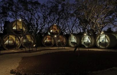 """""""TUBOHOTEL"""" HOTEL HECHO CON TUBOS DE HORMIGÓN RECICLADOS"""