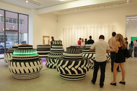 Octubre 2012 objectbis dise o ecol gico creativo for Mesas con neumaticos