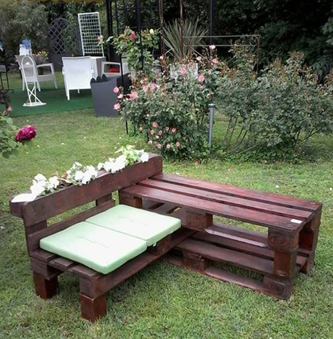 Muebles de paletas o pallets reciclados para decorar for Decorar el jardin con cosas recicladas
