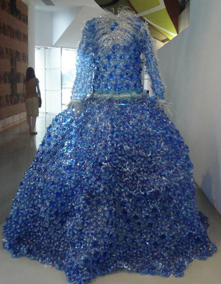 vestido-botellas