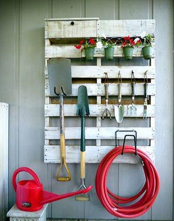 Organizar el garaje con palets de madera objectbis - Muebles para garaje ...