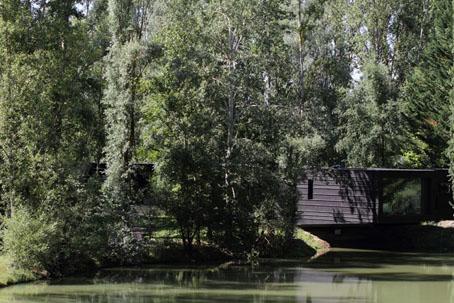 villa-serpentine-estanque-3