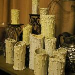 Ideas para reciclar en halloween. Aprender hacer falsas velas terroríficas para halloween con tubos de cartón reciclados